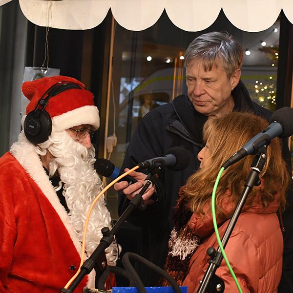 Lee and Dave interiew Santa at Shipston Victorian Evening